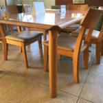 ダイニングテーブルの選び方 4本脚テーブル