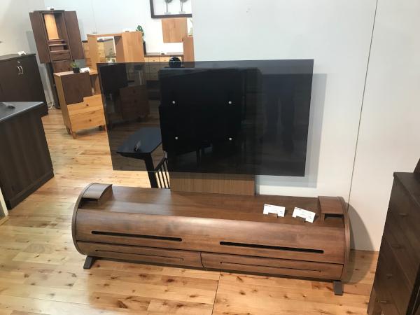 壁掛けテレビ対応テレビボード2
